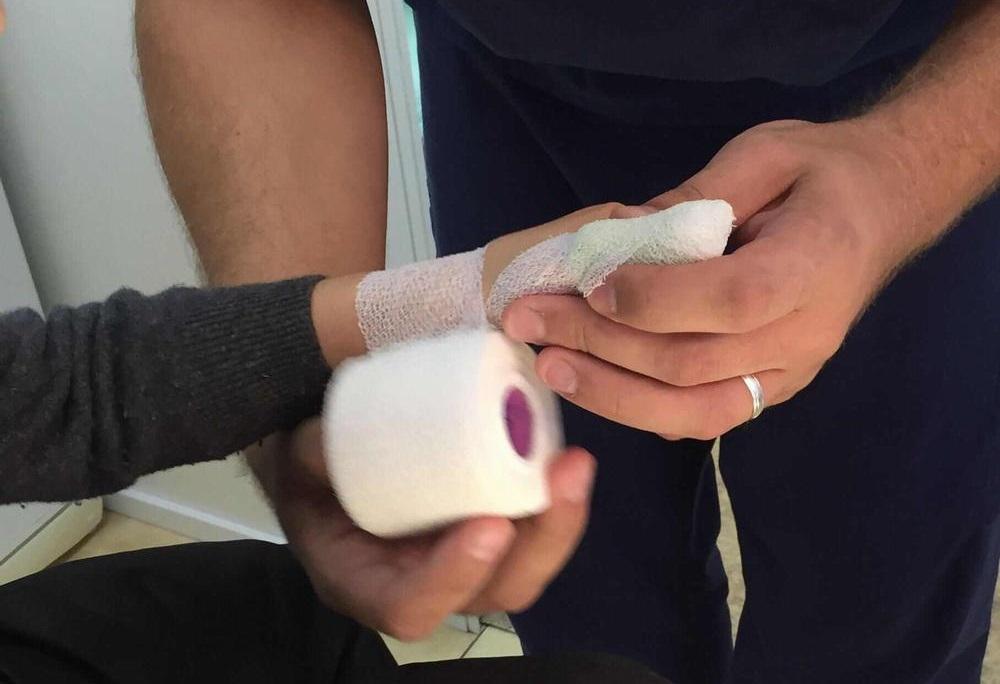 Смена повязки при использовании Левомеколя